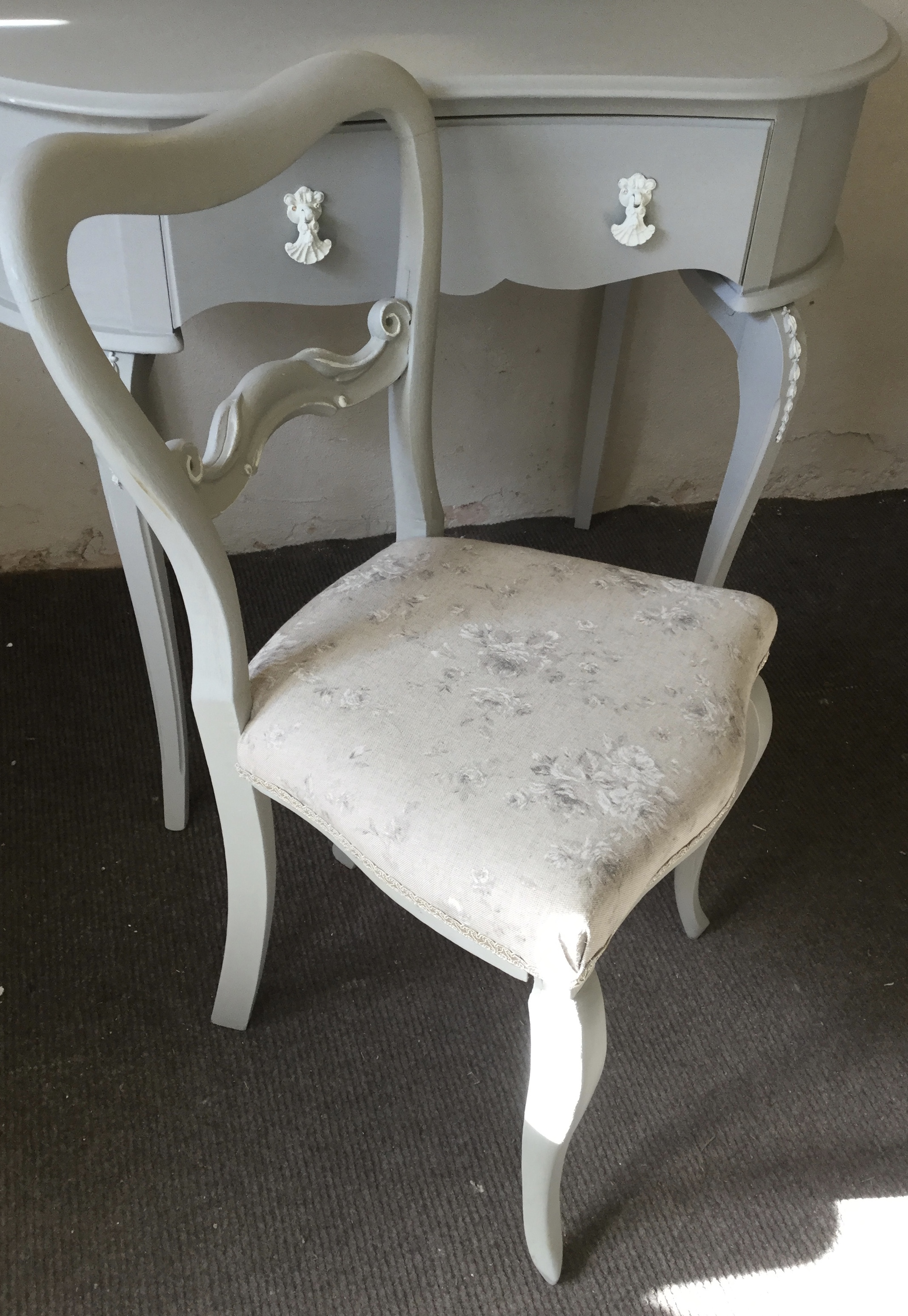 French Style Dressing Table with Chair